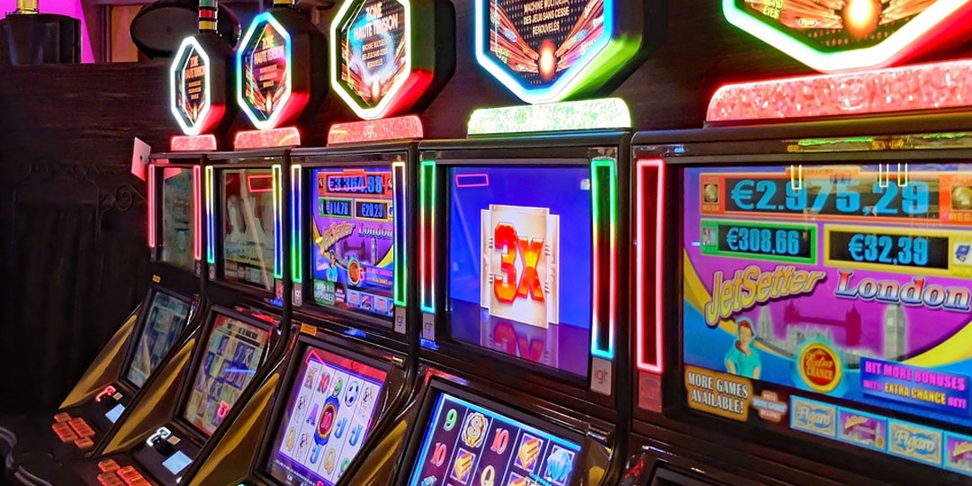 5-Tips-for-Hosting-A-Pokies-Themed-Party
